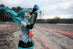 Love_is_war___Hatsune_Miku_by_kirawinter